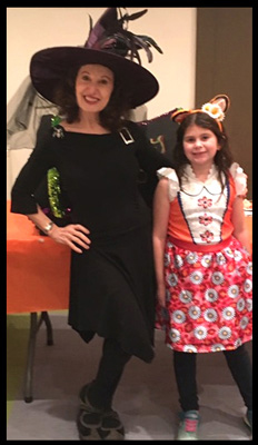 Daisy Doodle Diabolica ready to perform halloween kids party magic show at condo in Manhattan NY